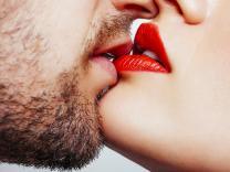 Postoji veza između toga koliko često se ljubite i dužine vaše veze