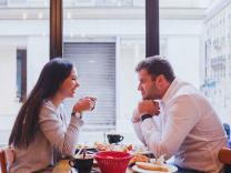 Najbolje teme za započinjanje razgovora sa devojkom
