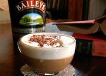 Irska kafa sa Bailey's likerom