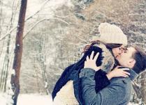 8 vrsta prazničnih poljubaca