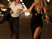 Saznajte šta je muškarcima romantično i neće Vam odoleti
